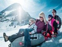 familie-winter-schneespass.jpg